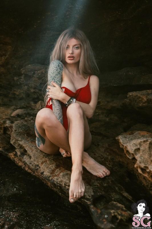 Dollyd-Aphrodite-11